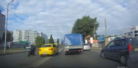 В Брянске полицейские разыскали и наказали героев видеороликов в сети